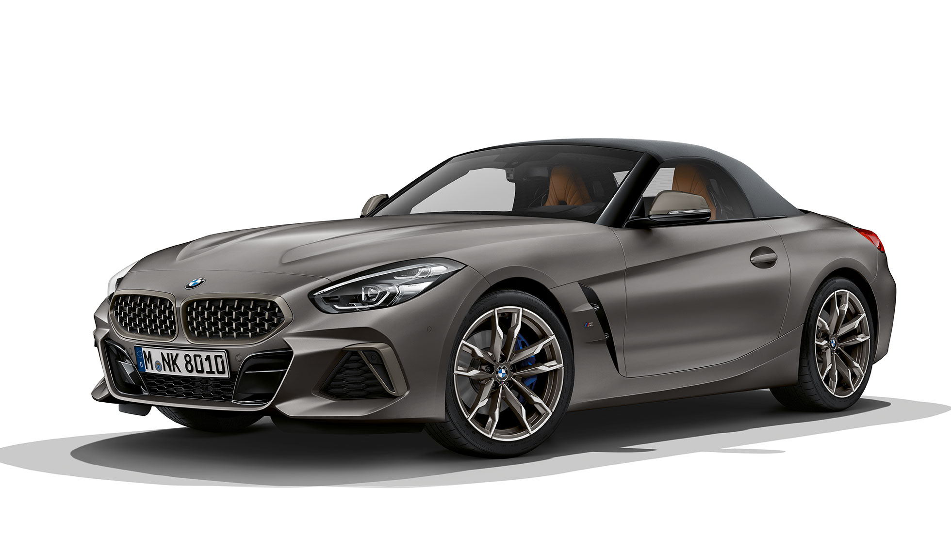 BMW Z4 Roadster M40i, three quarter front shot